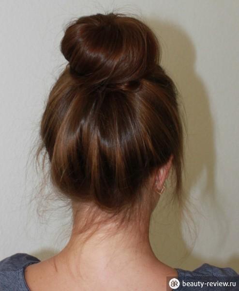 пучок с бубликом для волос