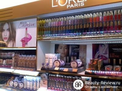 Новинки от L'oreal — стойкий блеск-stain Shine Caresse (мои мысли и фото из магазина)