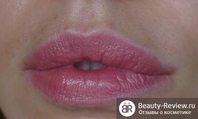 Помада Bobbi Brown Rich Lip Color — Комфорт на губах
