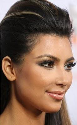 Макияж в стиле Kim Kardashian — двойная линия подводки