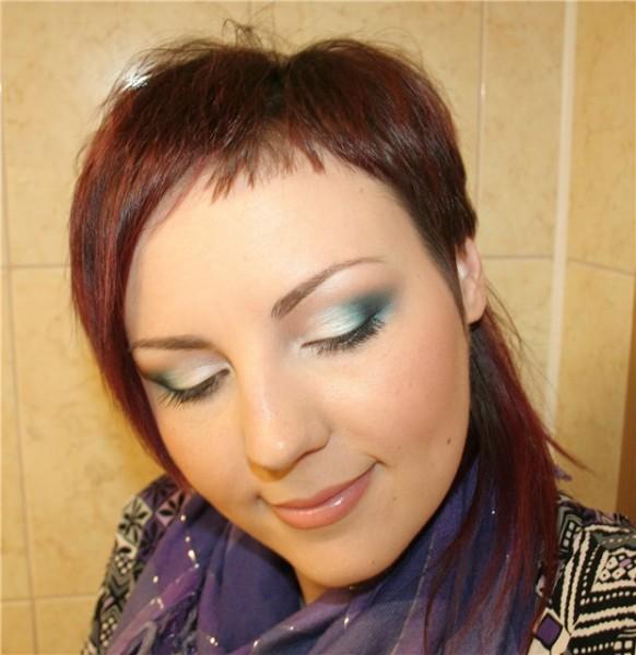 Летний бирюзовый макияж